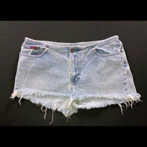 Vintage 90s Tommy Hilfiger frayed short shorts 32